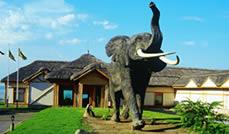 Mweya Safari Lodge entrance